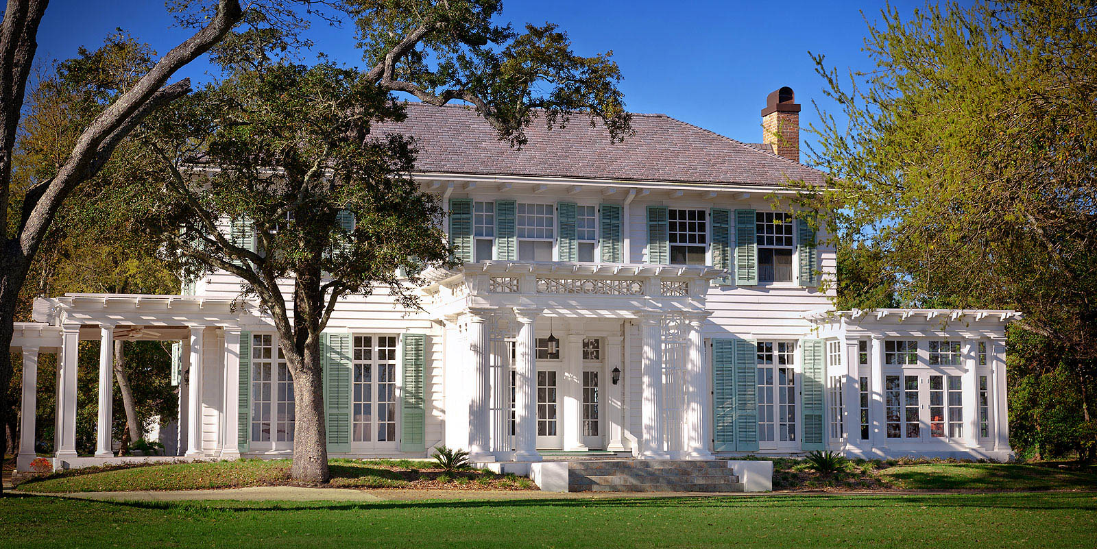Stunning Home Exterior in Wilmington, NC