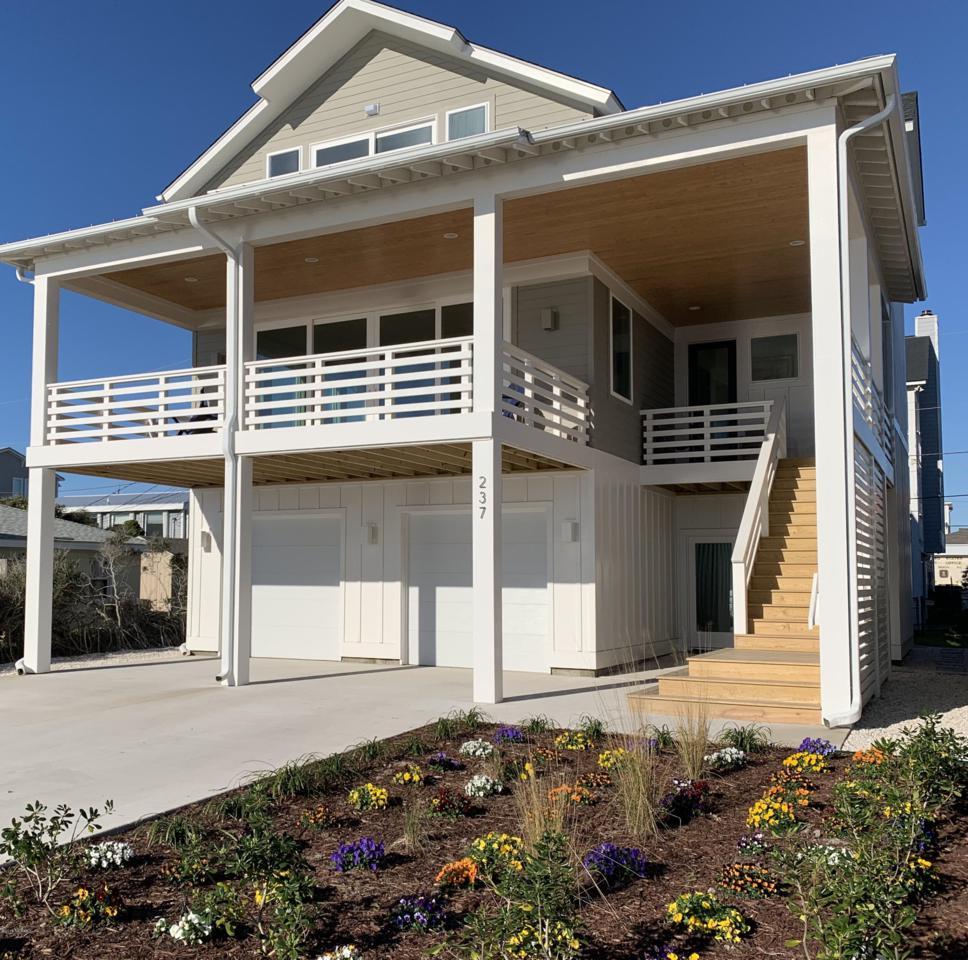Carolina Beach and Kure Beach New Construction Homes